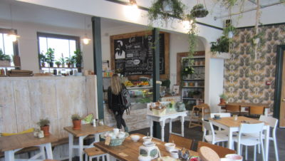 White's Botanicals – cafe review