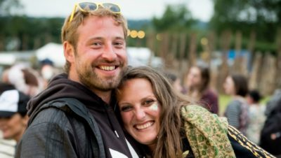 Couple gets engaged at Valley Fest