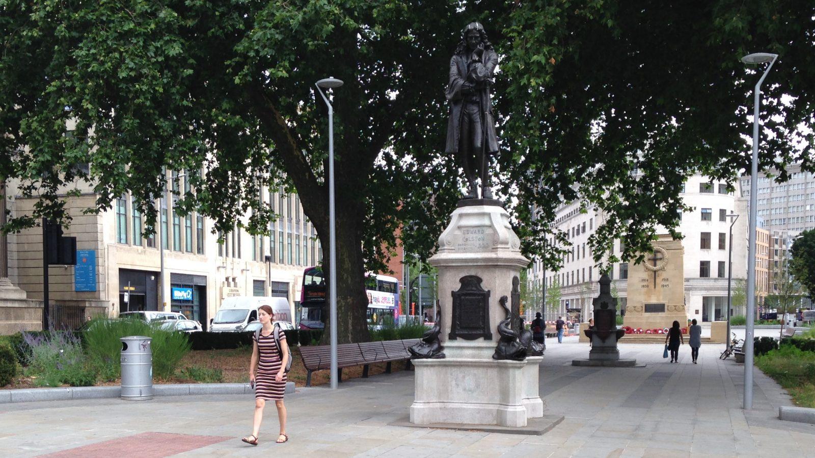 Edward-Colston-statue-Bristol-1600x900.j