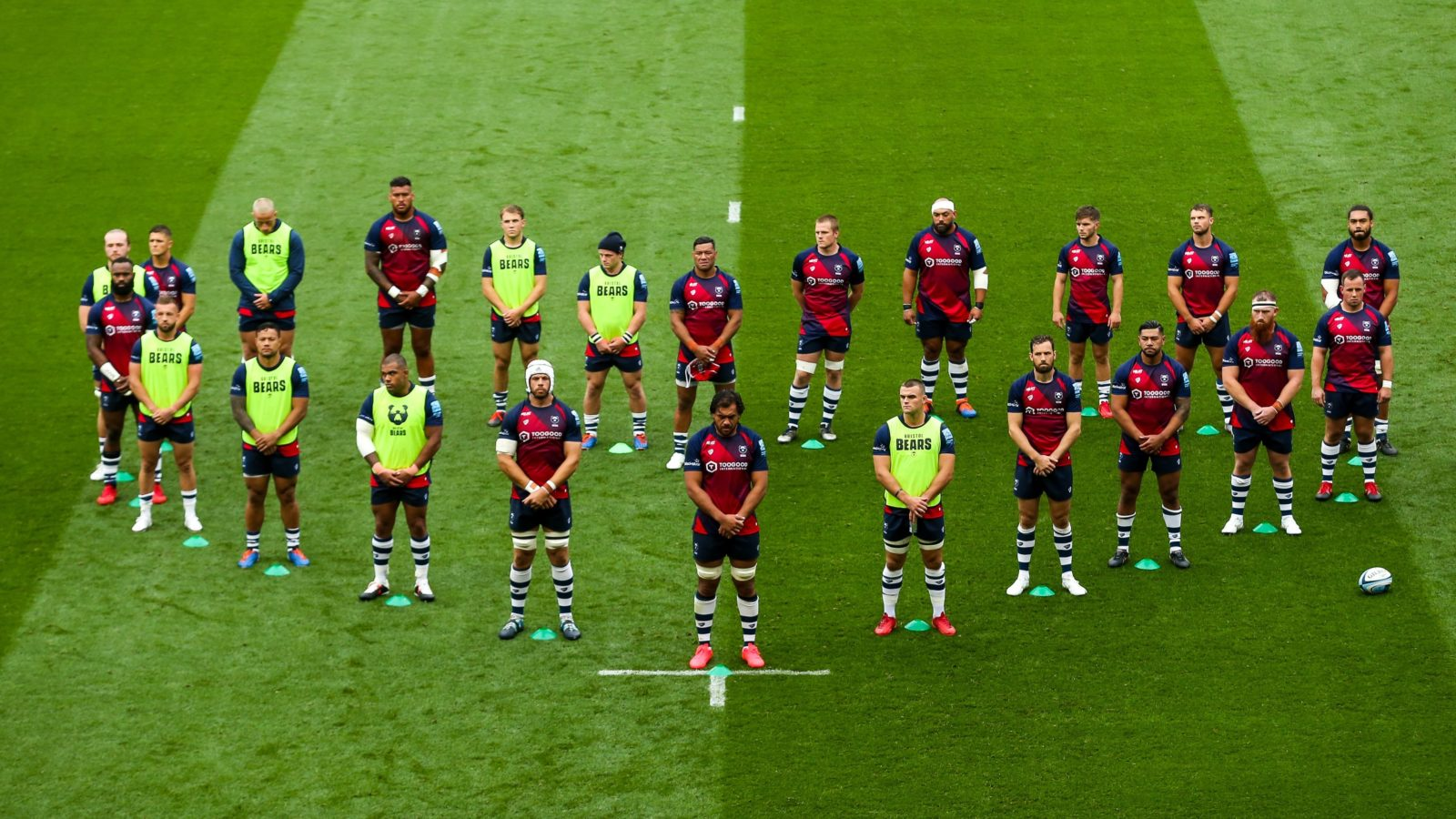 Bristol Bears Players Stand In Heart Shaped Formation Ahead Of Rugby Return